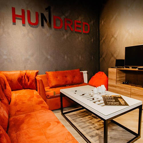 Hundred Cinema & Lounge Room 4