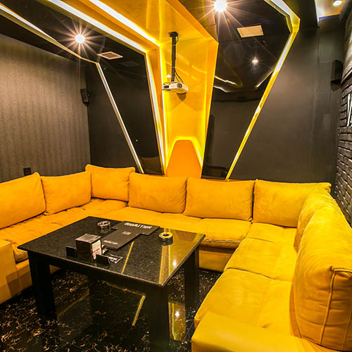 Hollywood Platinum Cinema Room Vermont