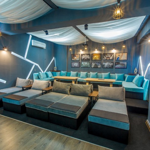 5 Doors Cinema Room Blue