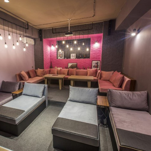 5 Doors Cinema Room Pink