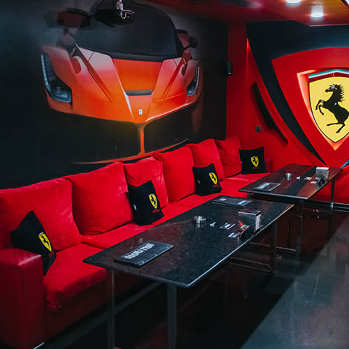 Hollywood Deluxe Cinema Room Ferrari