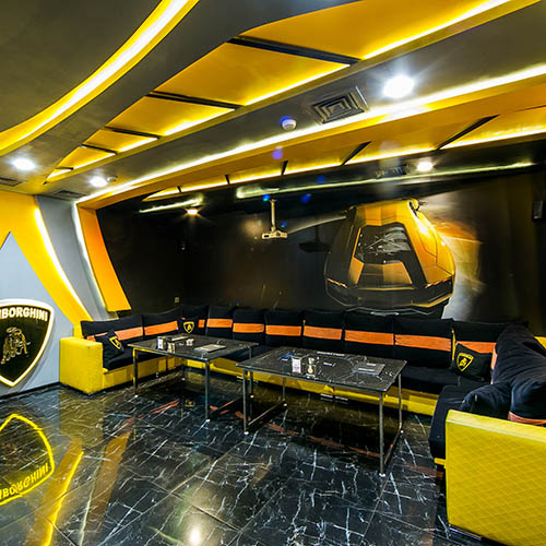 Hollywood Deluxe Cinema Room Lamborghini