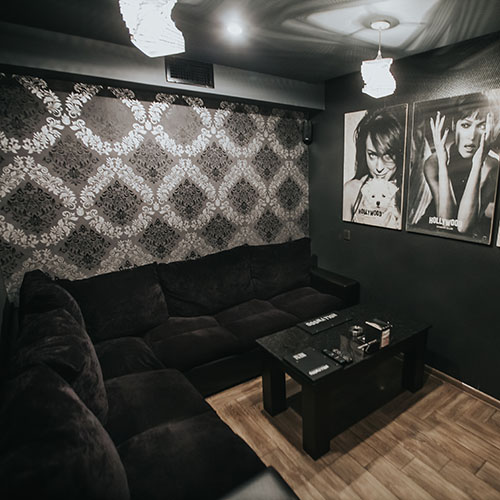 Hollywood Gold Cinema Room 7