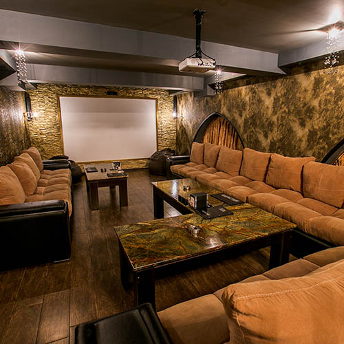 Hollywood Diamond Cinema Room 1