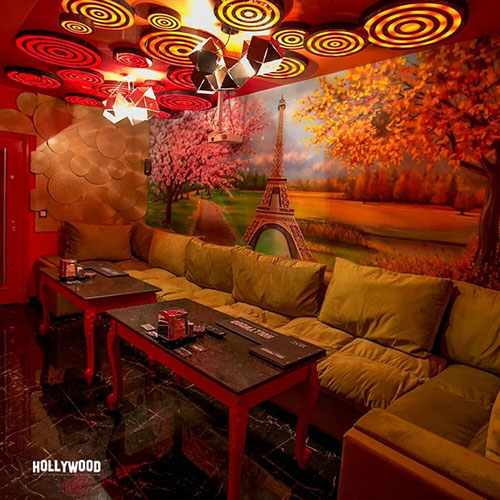 Hollywood Planet Cinema Room Paris