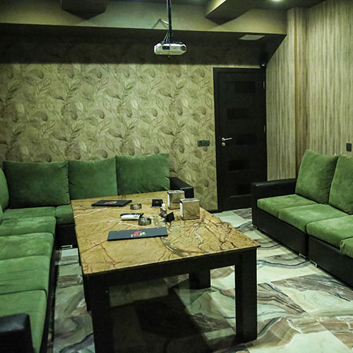 Papa Cinema Room 1