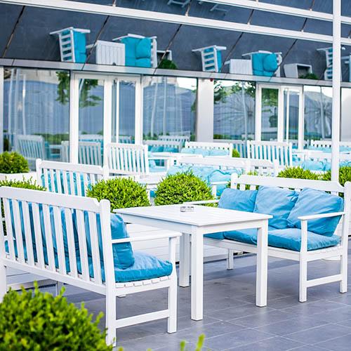 Shade Lounge & Terrace Hall Terrace