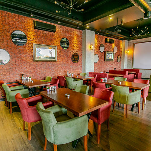 The Place Restaurant & Lounge Hall Classic
